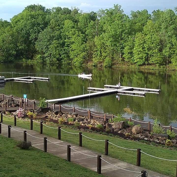 tims at lake anna dock and boat slips